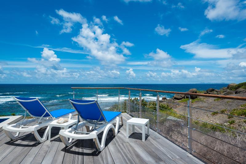Villa Bleu Matisse: Terrace - ocean view - Villa Bleu Matisse: Amazing View on Ocean - Oyster Pond - rentals