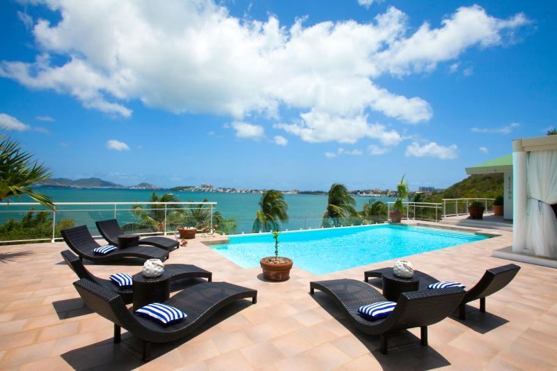 Spacious 3-bedroom luxury villa with boat dock - Image 1 - Baie Rouge - rentals