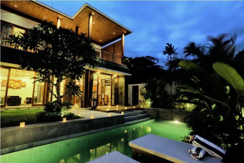 Bale Gede 3BR Luxury Villas, Seminyak - Image 1 - Kerobokan - rentals