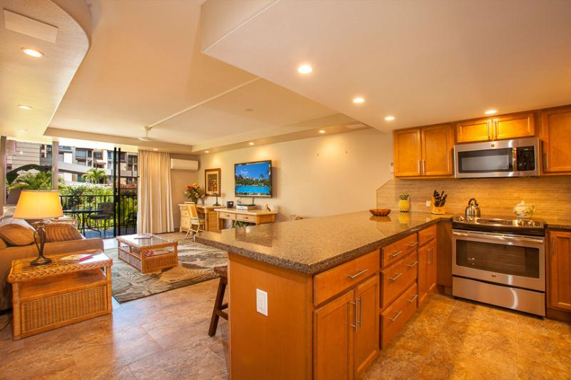 Kitchen / Living Area - Kamaole Sands Condo Newly Renovated in South Kihei - Kihei - rentals