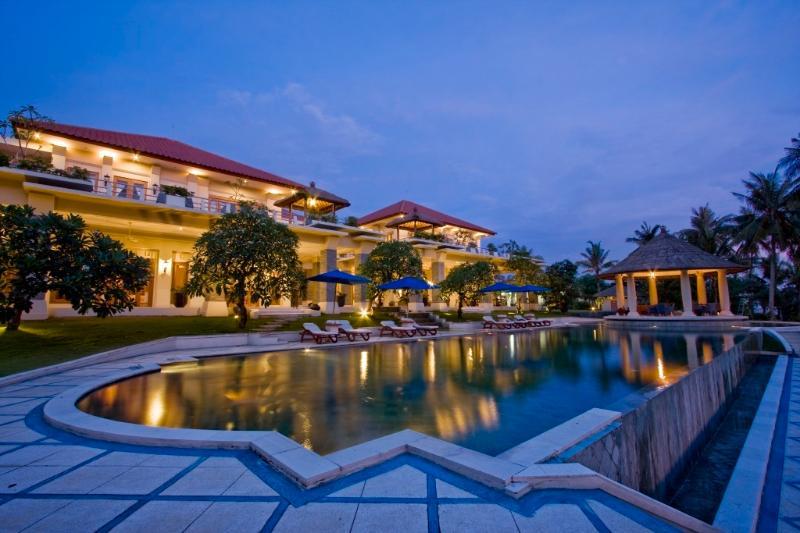 Sahita 4BR Luxury Beach Front Villa, Cemagi - Image 1 - Mengwi - rentals