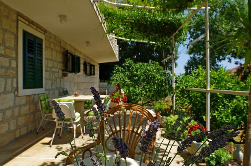 A2(4+2): terrace - 002SELC A2(4+2) - Selca - Selca - rentals