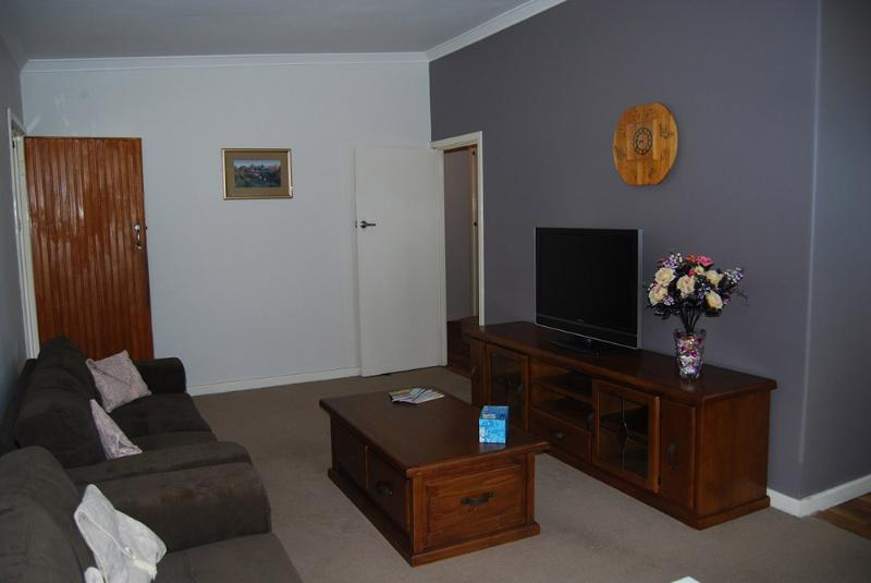 House to rent in Belmont - Belmont Summers - Perth - rentals