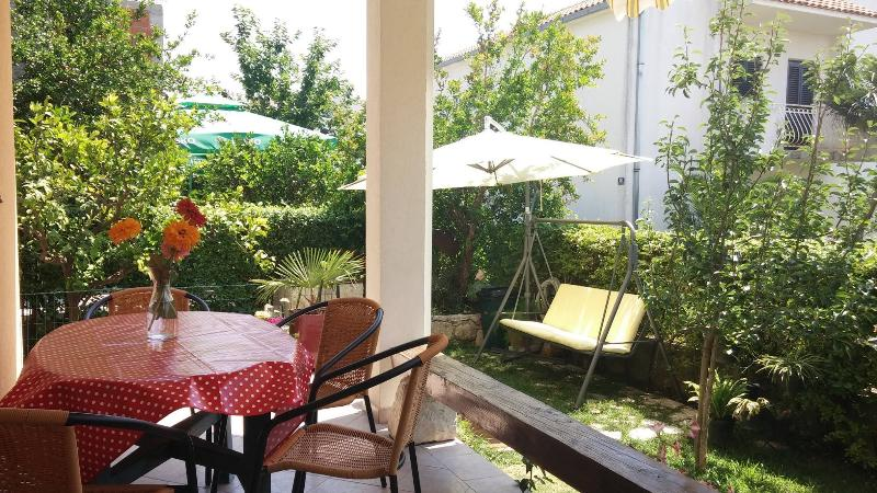 balcony - Cozy apartment near Trogir - Kastel Stafilic - rentals