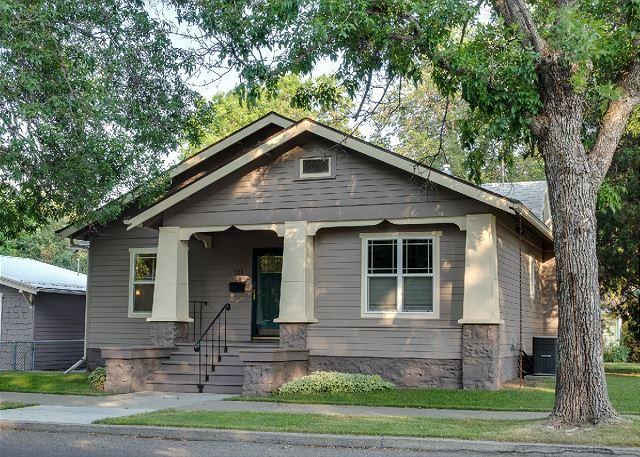Lewis Street House - Image 1 - Livingston - rentals