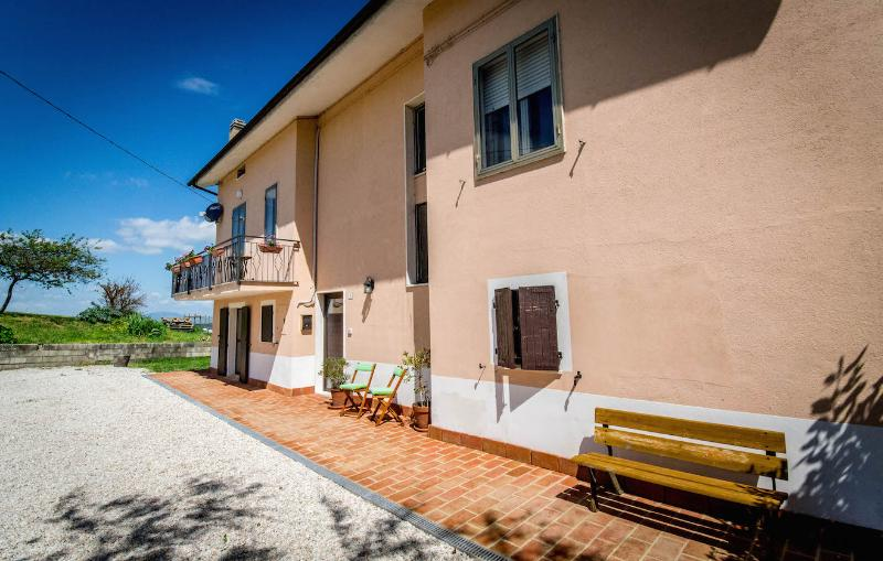 B&B Terra Mossa - Bed & breakfast in Le Marche countryside - Ancona - rentals