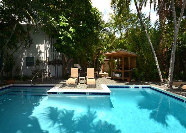 Heated Pool with plenty of sunshine - For Whom The Bell Tolls #3 - Papas Hideaway's Deluxe Studio. Heated Pool - Key West - rentals