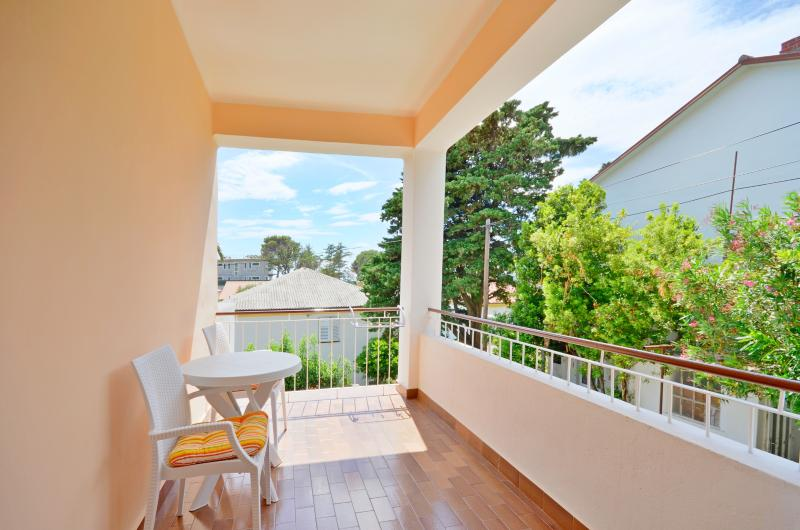 Apartments Marija - 65701-S1 - Image 1 - Banjol - rentals