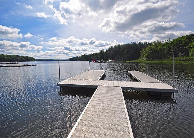 Dock View - Remarkable 4 bedroom lakefront home on 4 acres with private dock! - Oakland - rentals