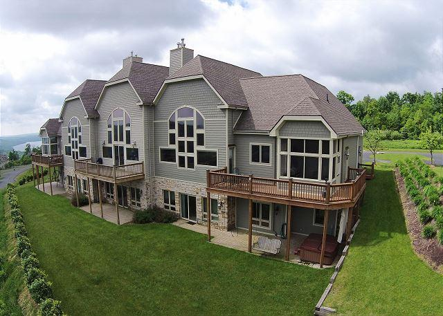 Lavish 5 bedroom townhome with spectacular lake views! - Image 1 - McHenry - rentals