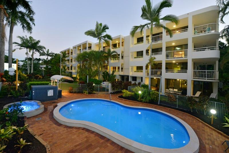 Argosy on the Beach, absolute beachfront apartments with sea/beach views! - Argosy on the Beach - Jewel of the Cairns Beaches - Cairns - rentals