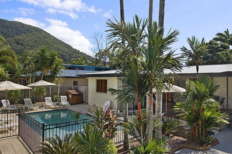 Tropical Essence - Image 1 - Palm Cove - rentals