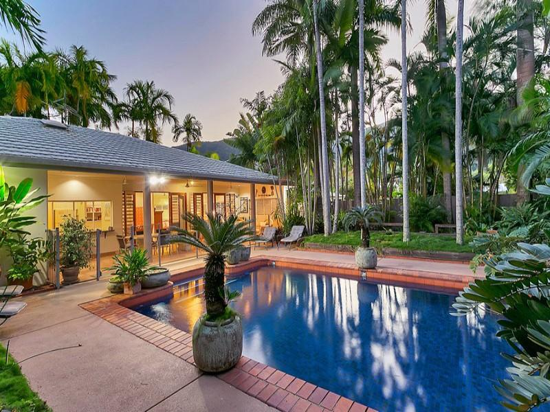Bargara By The Sea - Image 1 - Palm Cove - rentals