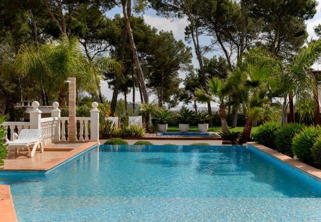 6 bedroom Villa in Santa Eulalia Del Rio, Ibiza, Ibiza : ref 2306365 - Image 1 - Santa Eulalia del Rio - rentals