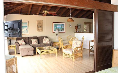 Spacious living area - Ke Nani Kai 203 - Maunaloa - rentals