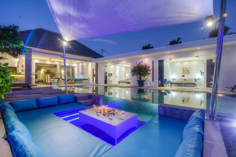 Amazing Luxury villa, 14 m Pool, Rice field view - Image 1 - Seminyak - rentals