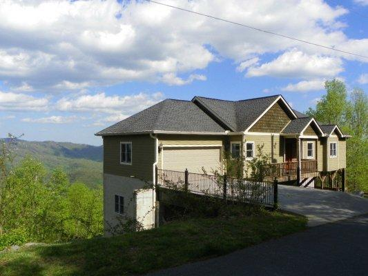 Hangin Out - Image 1 - Blowing Rock - rentals