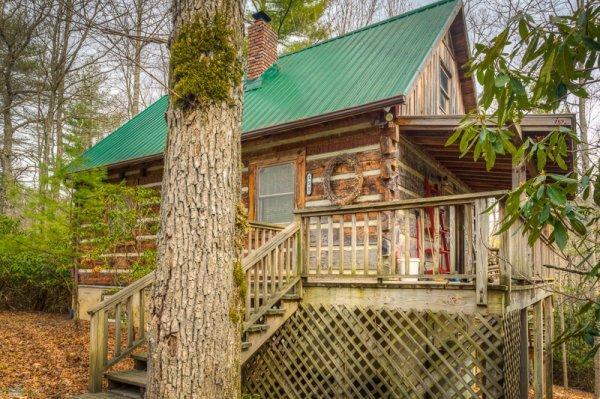 Riverwalk Cabin Location: Boone / Valle Crucis - Image 1 - Boone - rentals