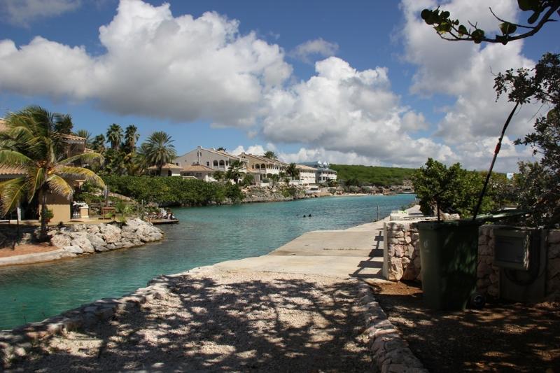 Ocean Resort Lagun (No Bolivares or cash) - Image 1 - Willemstad - rentals