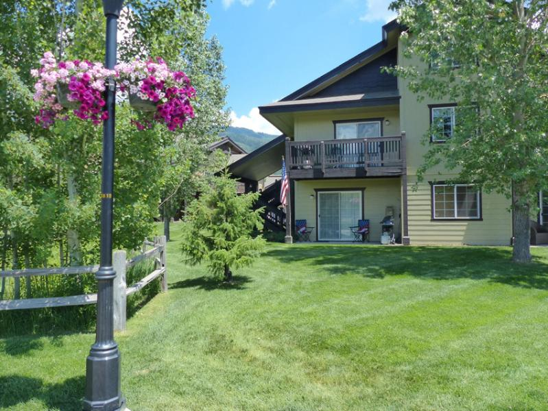 Quail Run 202: Ground Floor Unit, No Stairs - Image 1 - Steamboat Springs - rentals