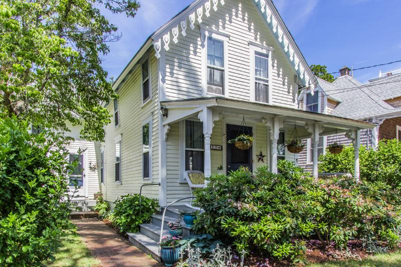GUIDT - Pennacook Victorian House, Covenient In-town Location, Walk to Beach, Enjoy Shops, Dining and Harborfront, All Just a Short Stroll from this Quaint Home - Image 1 - Oak Bluffs - rentals