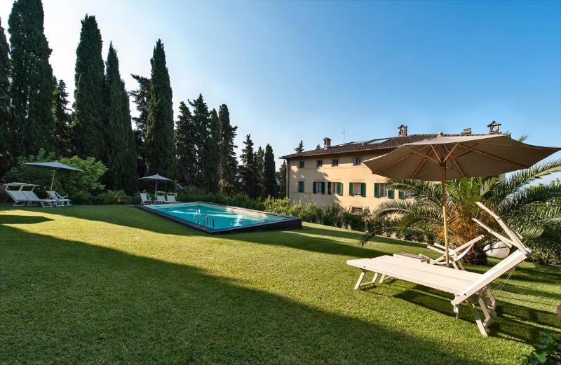 Large Historic Tuscan Villa with a Pool and Panoramic Views to the Sea - Villa Fabiana - Image 1 - Camaiore - rentals