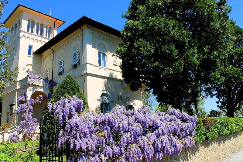 Villa Grocco - Image 1 - Montecatini Terme - rentals