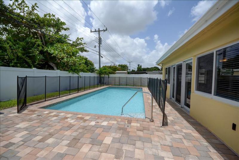 The Vacation Villa # 1120  North Miami Beach, FL - Image 1 - North Miami Beach - rentals