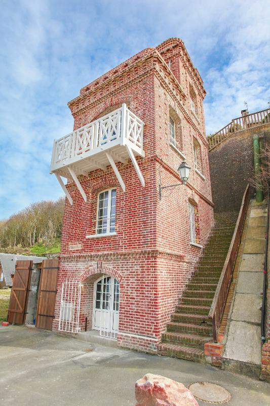 La Tour - Image 1 - Villerville - rentals