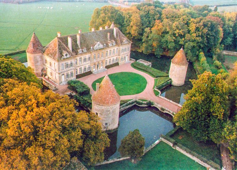 C18th Burgundy Chateau - Image 1 - Saulieu - rentals