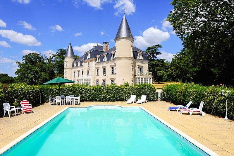Chateau Cendrillon - Image 1 - Beaupreau - rentals