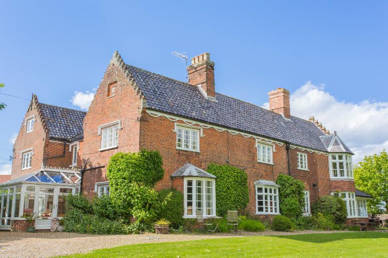 Meadow Manor - Image 1 - Mundesley - rentals