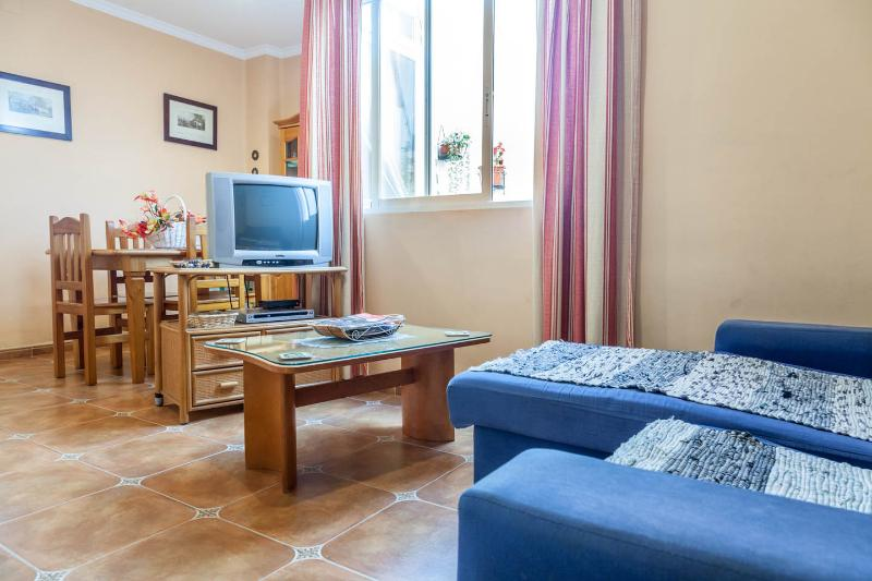 Family Friendly Cheerful Apartment In Valencia - Image 1 - Valencia - rentals