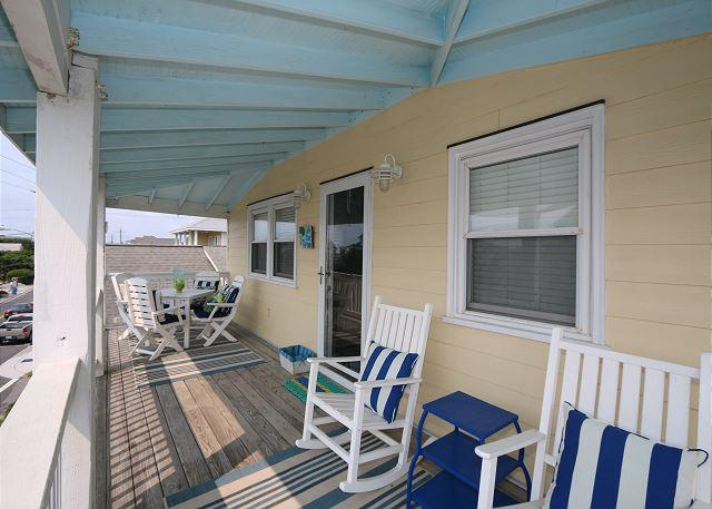 Ryan's Retreat - Retreat to this charming cottage at the coveted south end - Image 1 - Wrightsville Beach - rentals