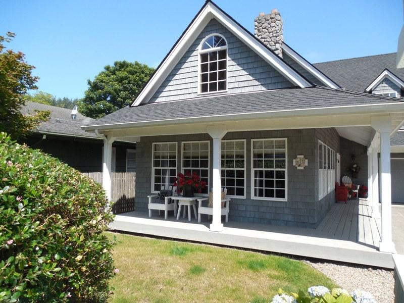 Front of the House - Saltwater Snug - Cannon Beach - rentals