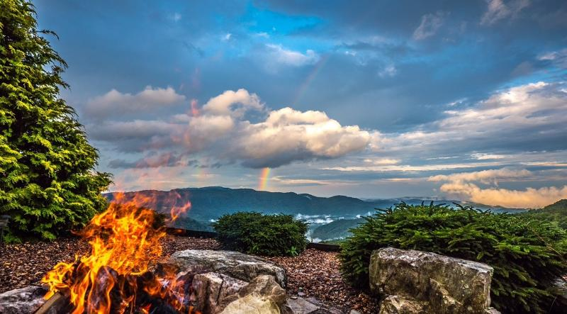 GUEST PHOTO FROM FIRE PIT: JUNE 2015 - PANORAMIC VIEWS: Kilkelly's 'WEST WING' Condo - Boone - rentals