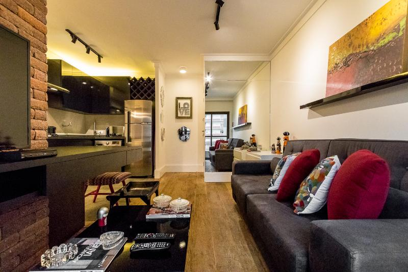 Modern 1 Bedroom Apartment in the Heart of Jardins - Image 1 - Sao Paulo - rentals