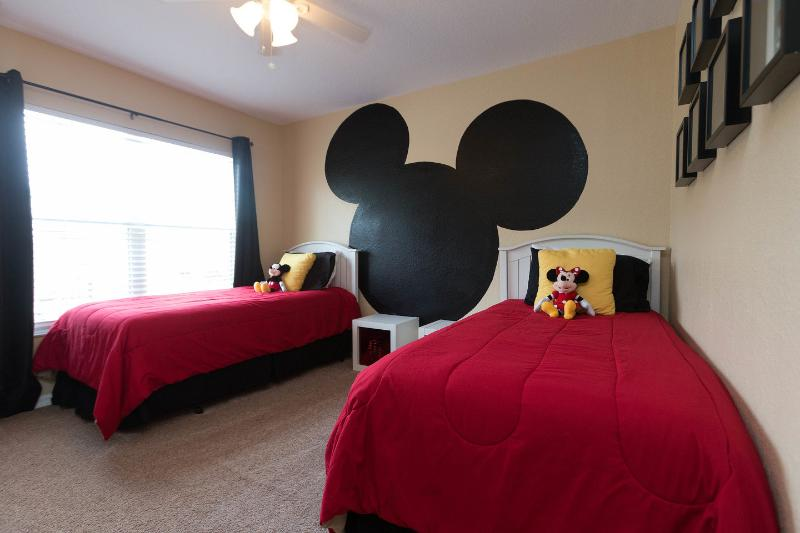 The Twin Bedroom - Immaculate, Minutes to Disney, Great Amenities! - Kissimmee - rentals
