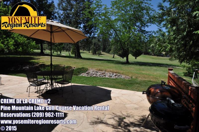 Golf Course View, back patio, small pet friendly, Unit 1 Lot 89 Pine Mountain Lake Golf Course View Vacation Rental Creme de la Creme %352 - GolfCourseView SmlPetOK Hardwd Floors 25m>Yosemite - Groveland - rentals