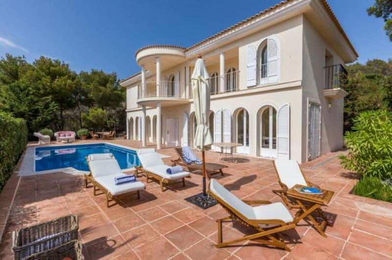 3 bedroom Villa in Cala Tarida, Islas Baleares, Ibiza : ref 2306405 - Image 1 - Cala Tarida - rentals