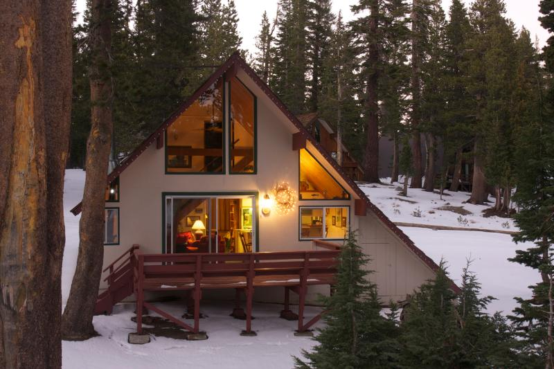 Ski In/Ski out slope side cabin - Chalet #6 - Image 1 - Mammoth Lakes - rentals