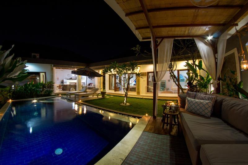 Does this look relaxing? - FREE CHEF - Umalas Retreat 5, (3 bed villa) - Seminyak - rentals