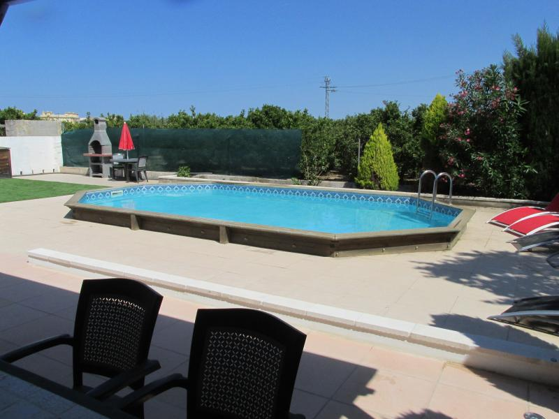 4 bedroom traditional Spanish Casita with pool - Image 1 - Oliva - rentals