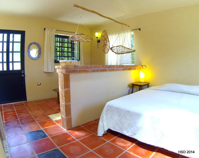 CASA SISAL  to RELAX and EXPLORE Yucatans sights - Image 1 - Izamal - rentals