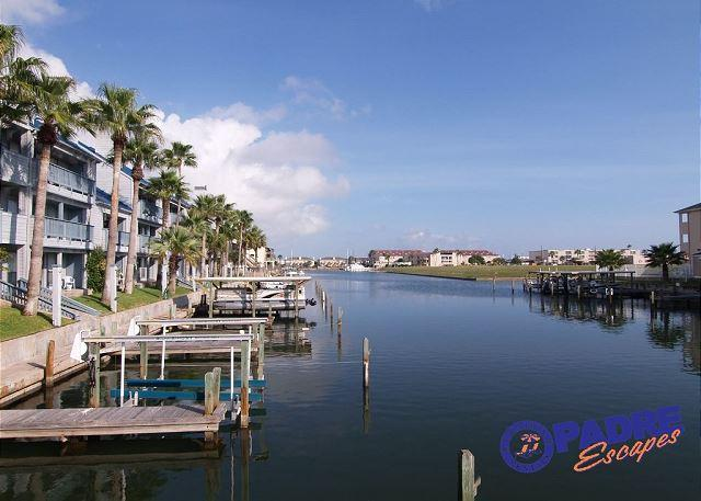 View down the canal - Waterfront Condo that overlooks the pool & close to Schlitterbahn - Corpus Christi - rentals