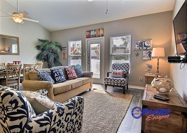 Living area - Poolside 3/2 Townhouse for just $275/Night Monday-Thursday! - Corpus Christi - rentals