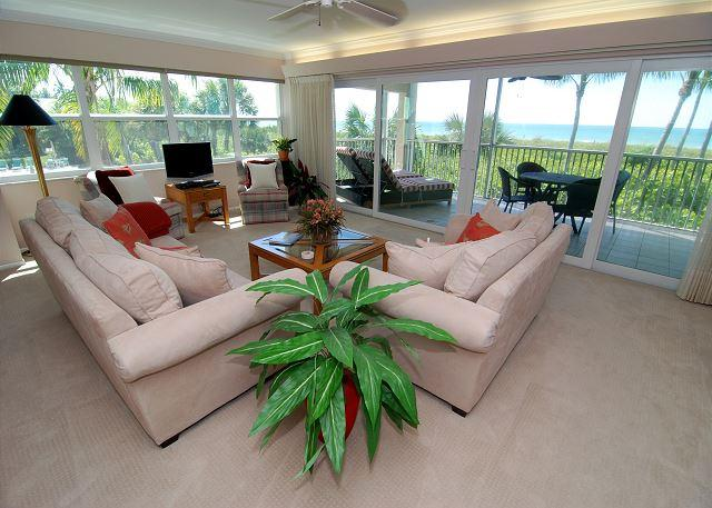 Living Room - Beach front luxury condo - Sanibel Island - rentals