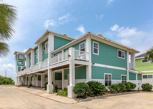 Welcome to It's About Time! - NEWLY LISTED: Meridian 3bed/3.5bath, Sleeps 10 - Port Aransas - rentals