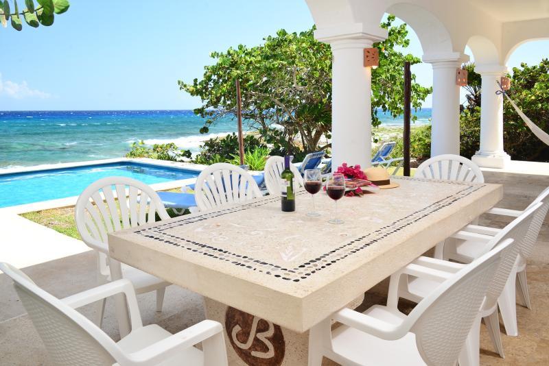 Villa Casablanca 3 or 4 bedroom oceanfront - Image 1 - Puerto Aventuras - rentals