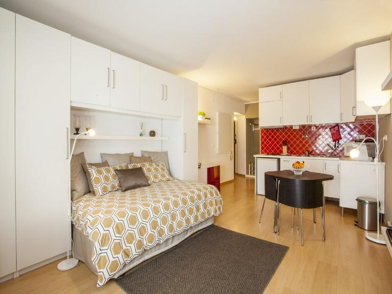 Historical Cascais Apartment 2 - Image 1 - Cascais - rentals